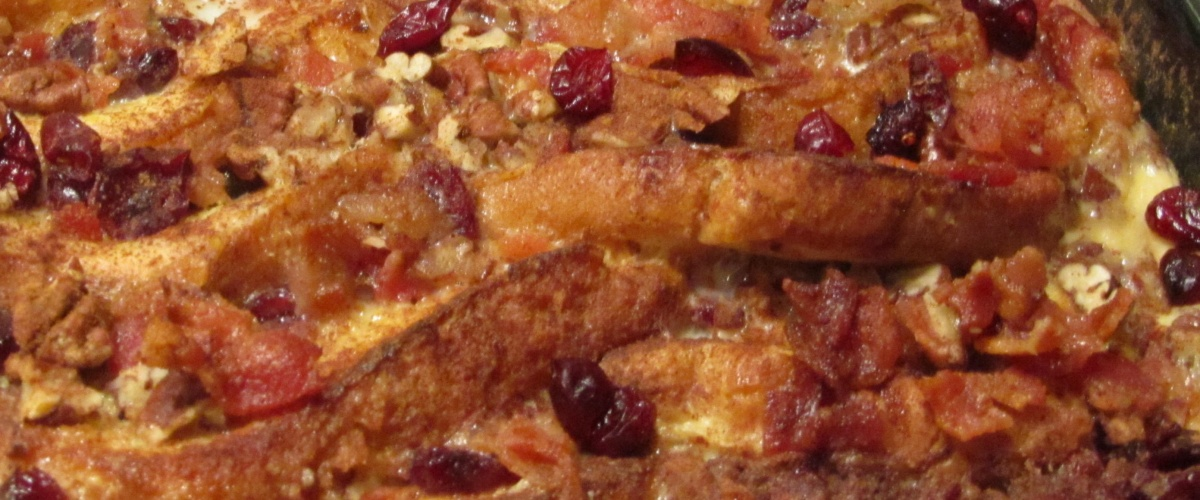 BACON-FRENCH TOAST CASSEROLE