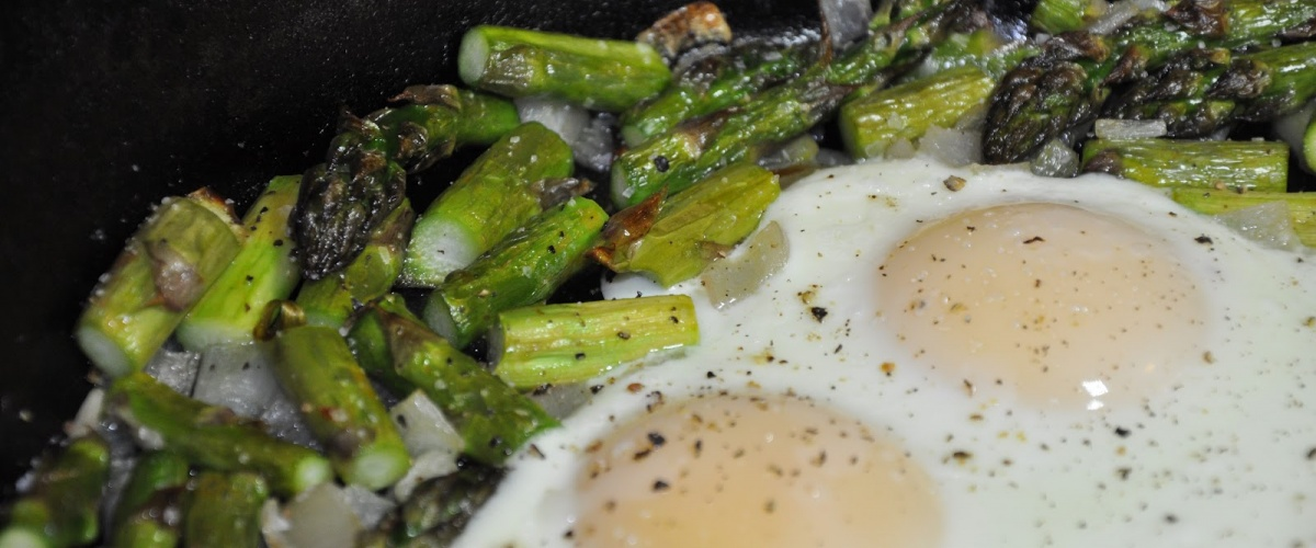 Midnight Asparagus with Creamy Eggs