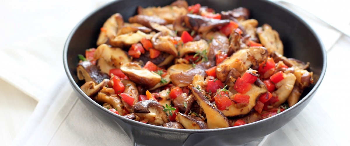 Shitake Mushrooms with Roasted Peppers